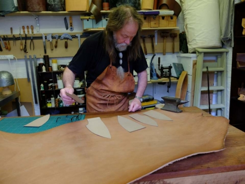 Gallybagger leatherman at work