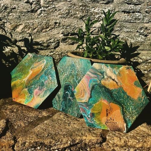 loz fluidart - hexagonal artworks